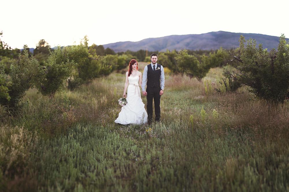 Daniel-Jaclynn-New-Mexico-Mountain-Wedding-Liz-Anne-Photography-01.jpg
