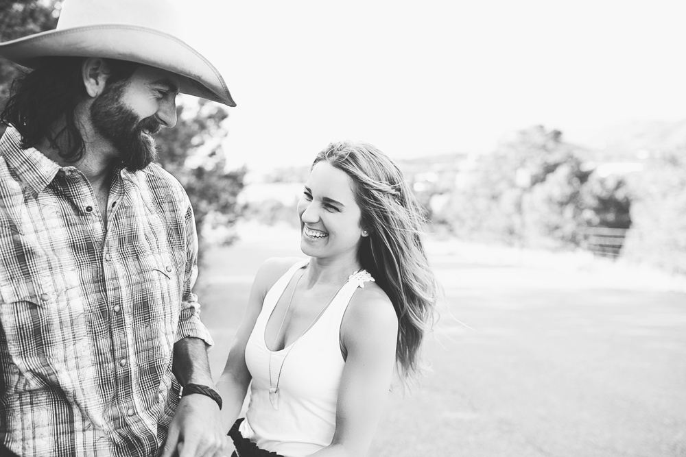 Santa Fe Wedding Engagement | Liz Anne Photography 25.jpg
