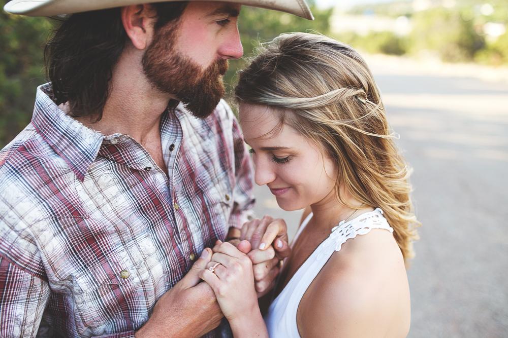 Santa Fe Wedding Engagement | Liz Anne Photography 27.jpg