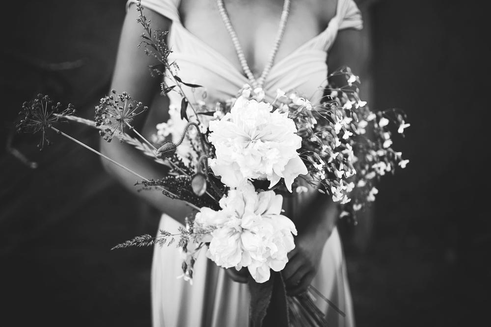 Liz Anne Photography | Wabi Sabi Wedding Inspiration_25.jpg