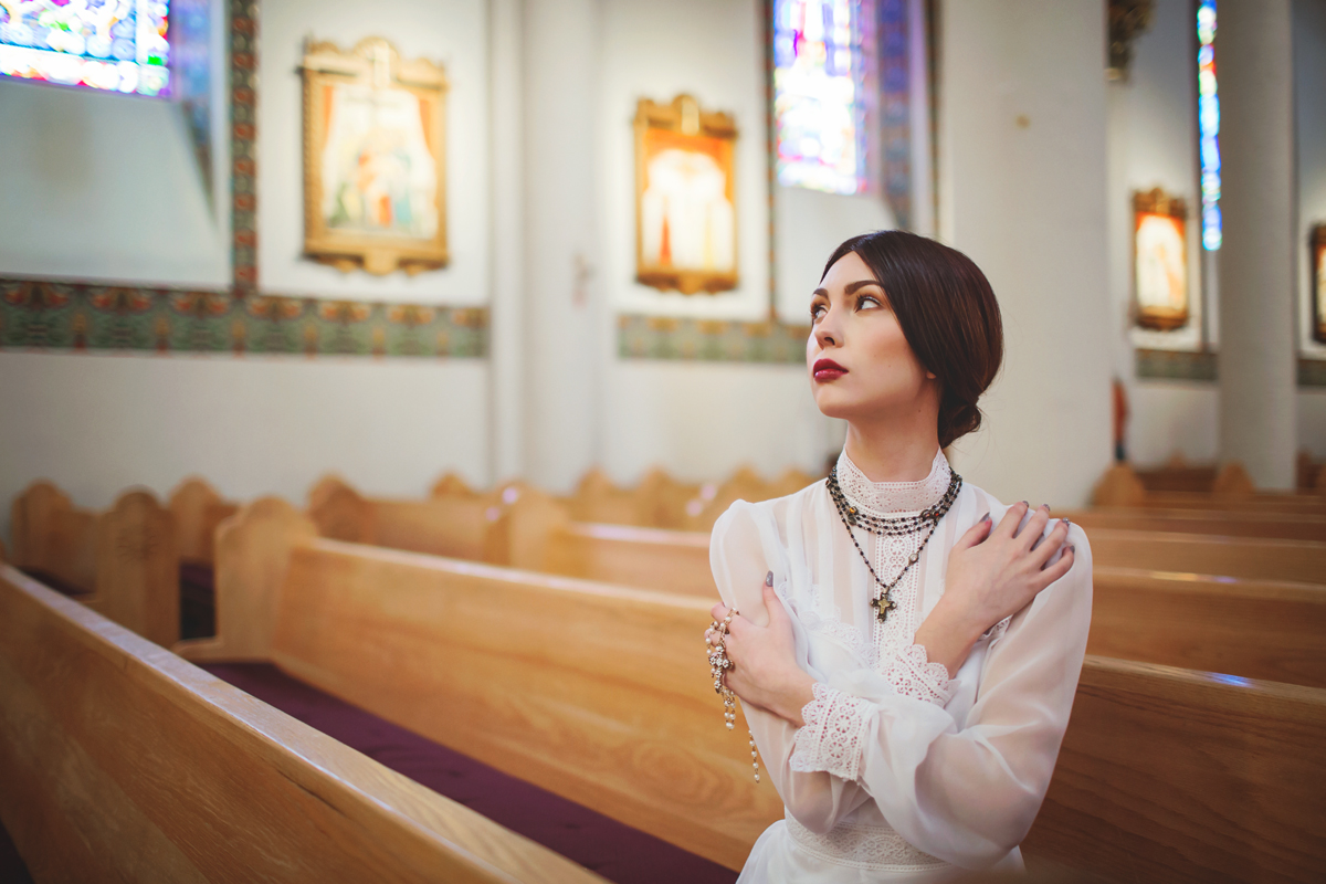 Liz Anne Photography   Santa Fe   New Mexico   Wedding   Cathedral Basilica of St. Francis of Assisi   Portrait   Styled 06.jpg