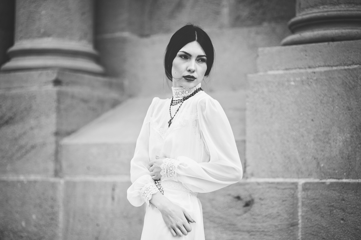 Liz Anne Photography   Santa Fe   New Mexico   Wedding   Cathedral Basilica of St. Francis of Assisi   Portrait   Styled 13.jpg