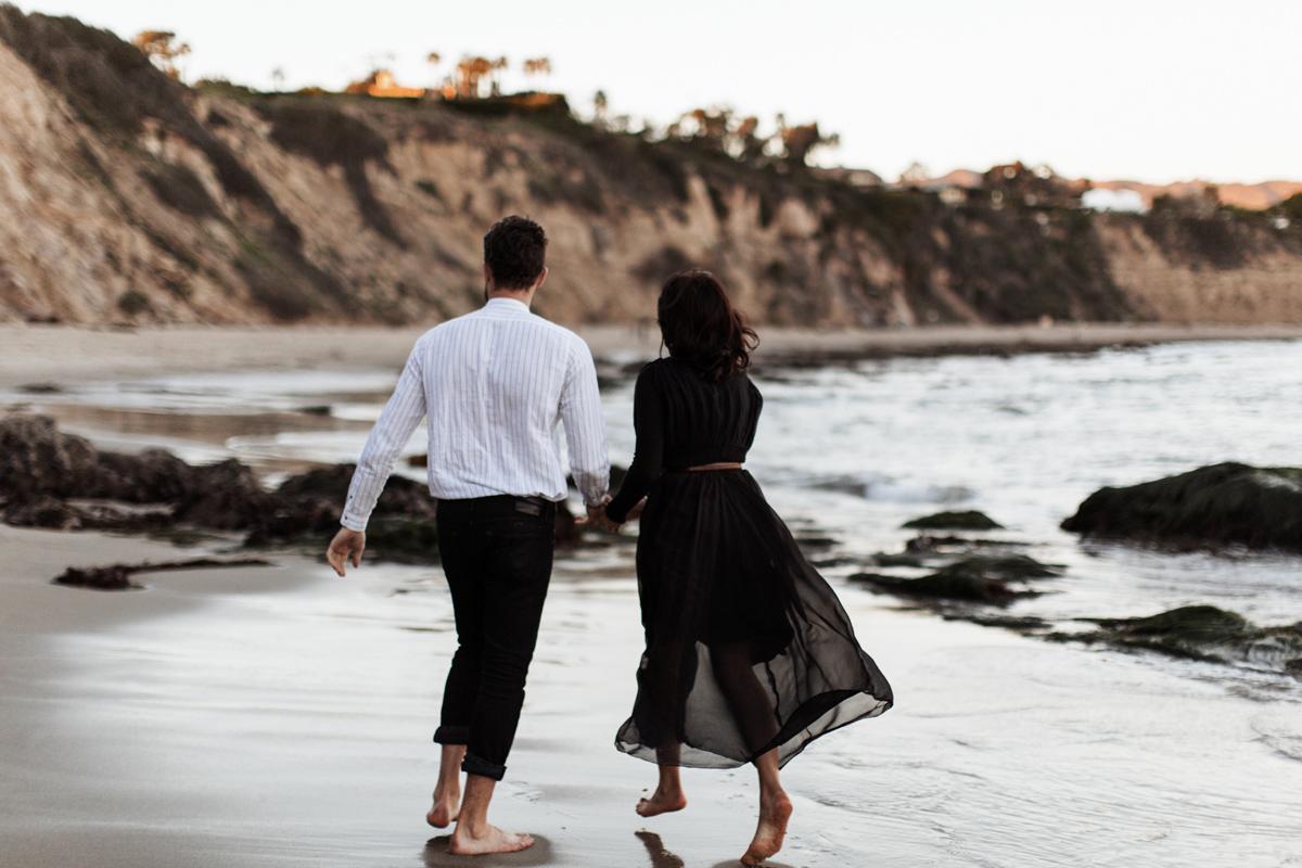 malibu-california-coast-beach-engagement-session-los-angeles-wedding-photographer-elizabeth-wells-photography