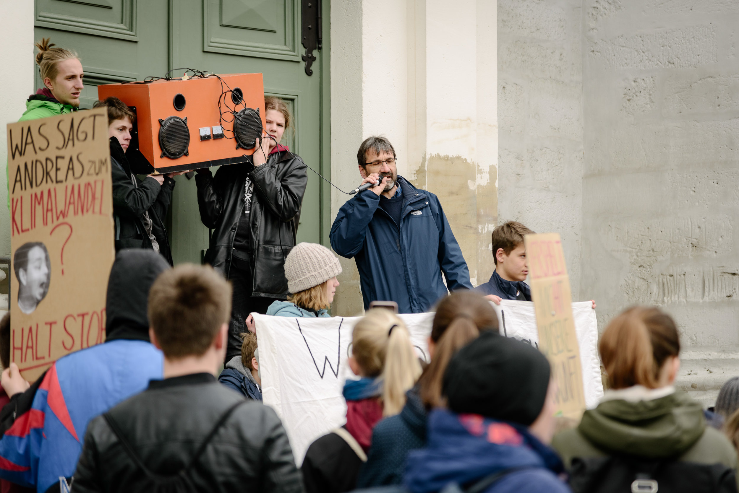 12.04.2019 / Demonstration von Fridays For Future Weimar. / Foto: Henry Sowinski