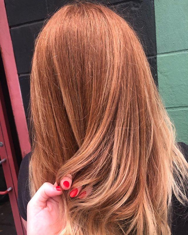 Talk about blending ✨  #redhead #balayage #redkenshadeseq #bumbleandbumble #thomastaftsalon