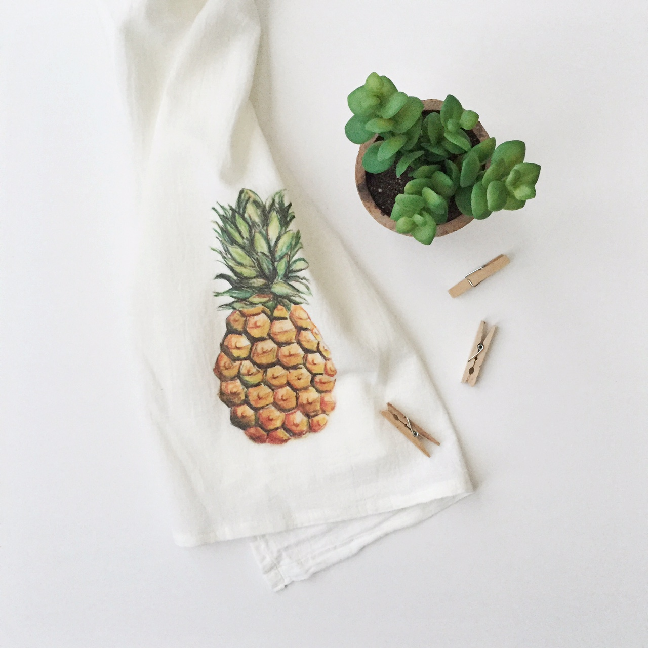 7P_FlourSackTowel-Pineapple.JPG