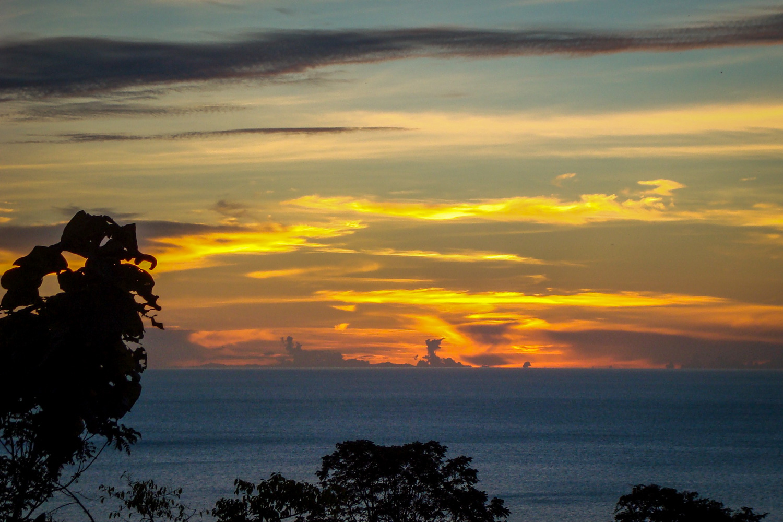 teluk tomini, indonesia