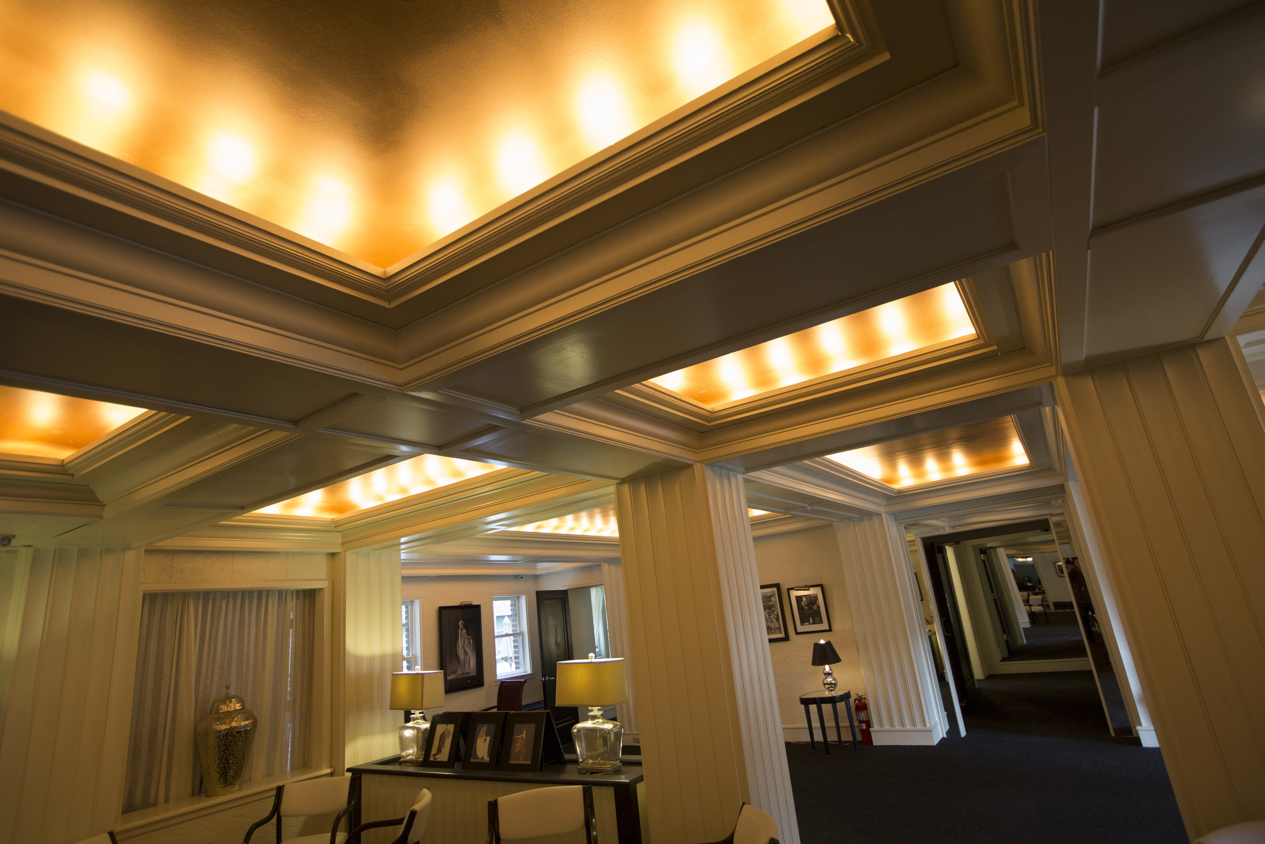 Lounge 7 10-05-15..jpg