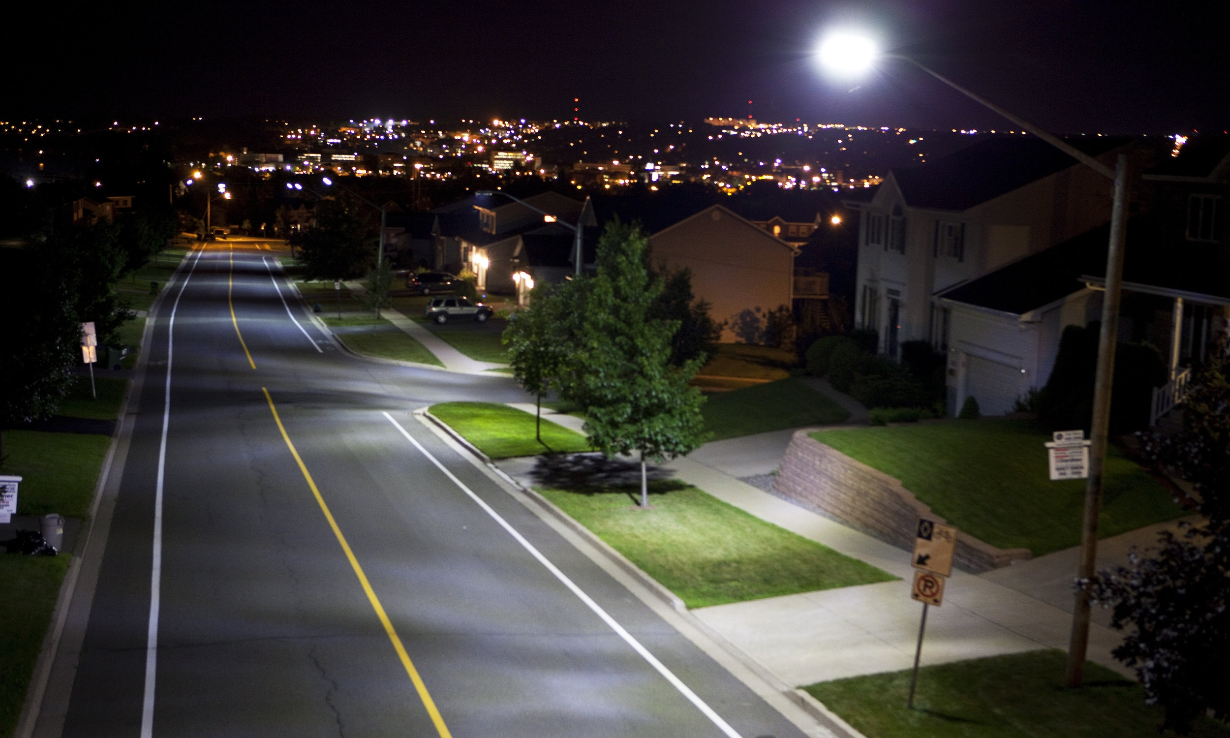 THE REALIZED RESULTS OF LED STREETLIGHTS: SEIZING THE OPPORTUNITY    This document provides information on how light-emitting diode (LED) streetlighting has evolved, specifically in Canada, lessons learned from early adopters and the realized results; it is intended to help accelerate adoption of LEDs with those who have not yet converted.  Published 2017