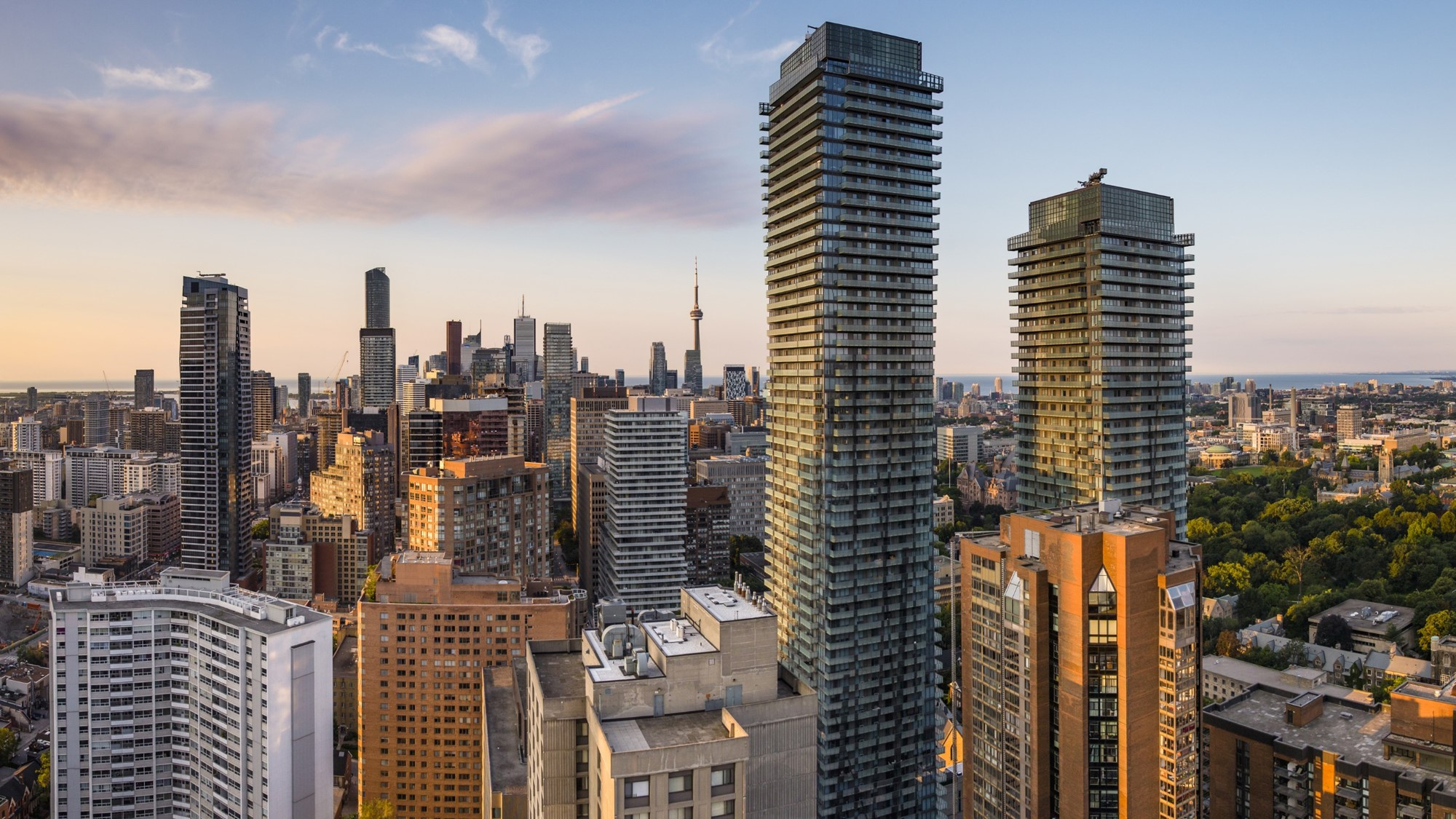 This  Toronto Housing Market Analysis  tracks 24 key housing indicators, among many others, that provide insight into Toronto's housing market.    Read the Toronto Housing Market Analysis   .