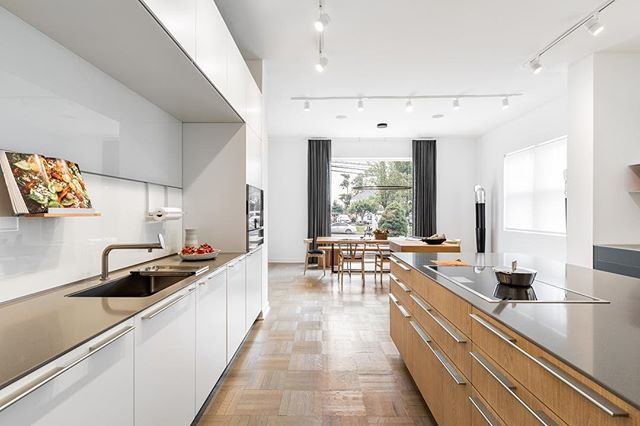 BULTHAUP SHOWROOM PHOTOGRAPHY & ART DIRECTION for @bulthaup_international's latest showroom in Greenwich, CT. @bulthaup_greenwich bulthaup designs and manufactures the ultimate in premium custom kitchen and living spaces – unmatched in innovation and precision. + Client: @bulthaup_greenwich  Photography: @andymryan #andyryanphotographer #artdirection #bulthaup #bulthaupkitchens #bulthaupkitchen #bulthaupgreenwich