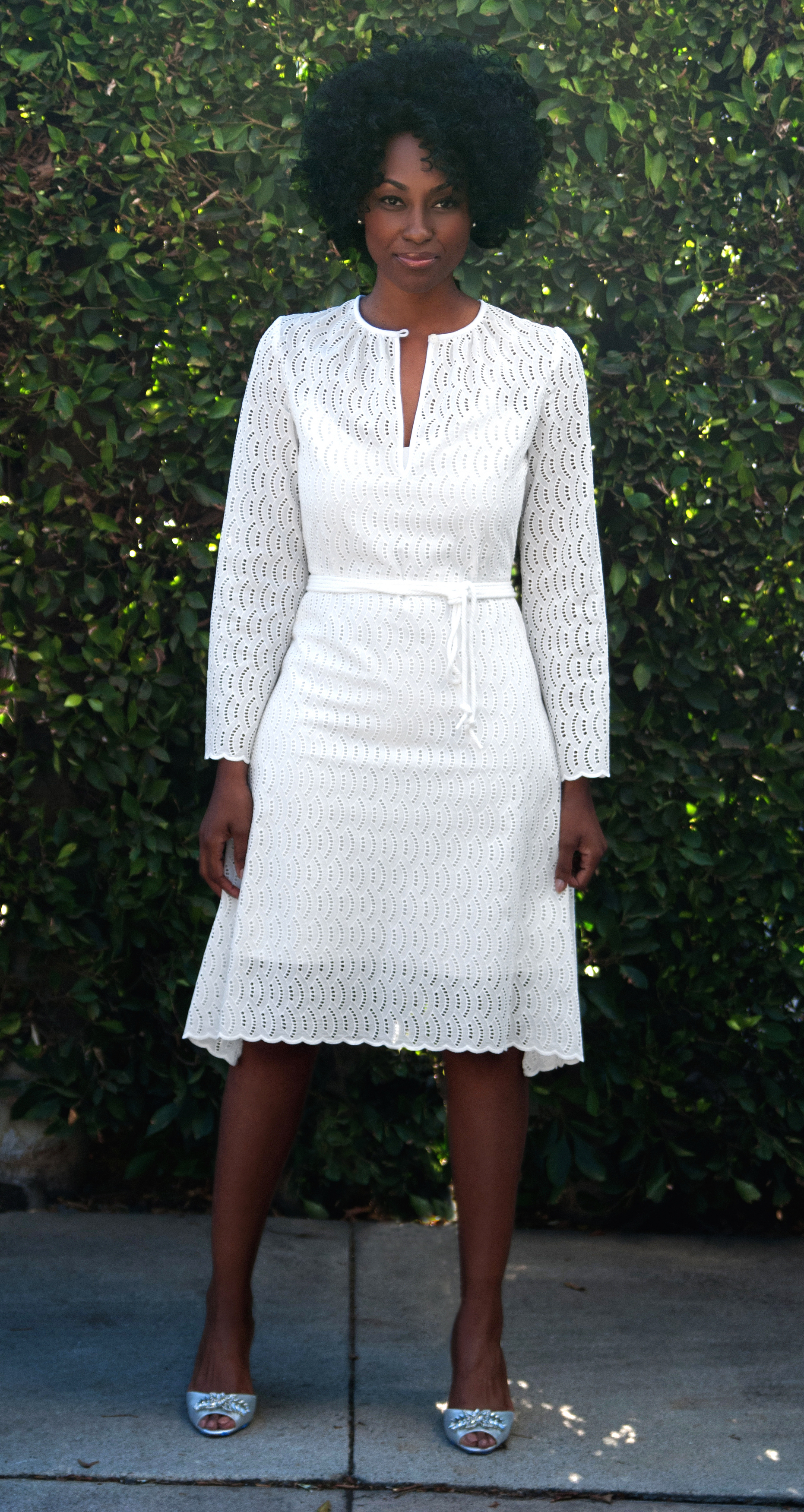 White Midi Dress in Dress in Embroidered Cotton Eyelet