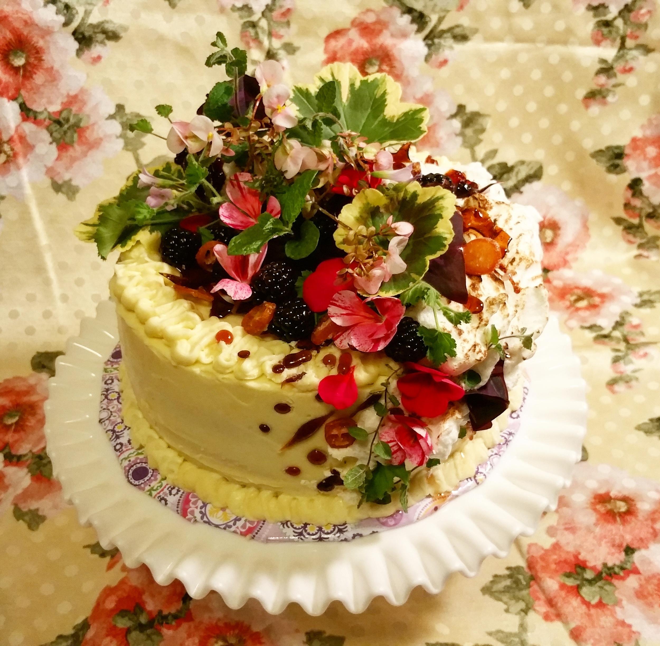 beautifulcake.jpg