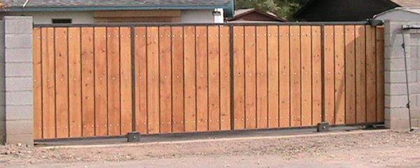 Dirk's gate installation