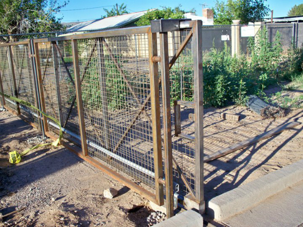 Modular Fence and open entry