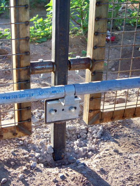 Modular fence and roller track details