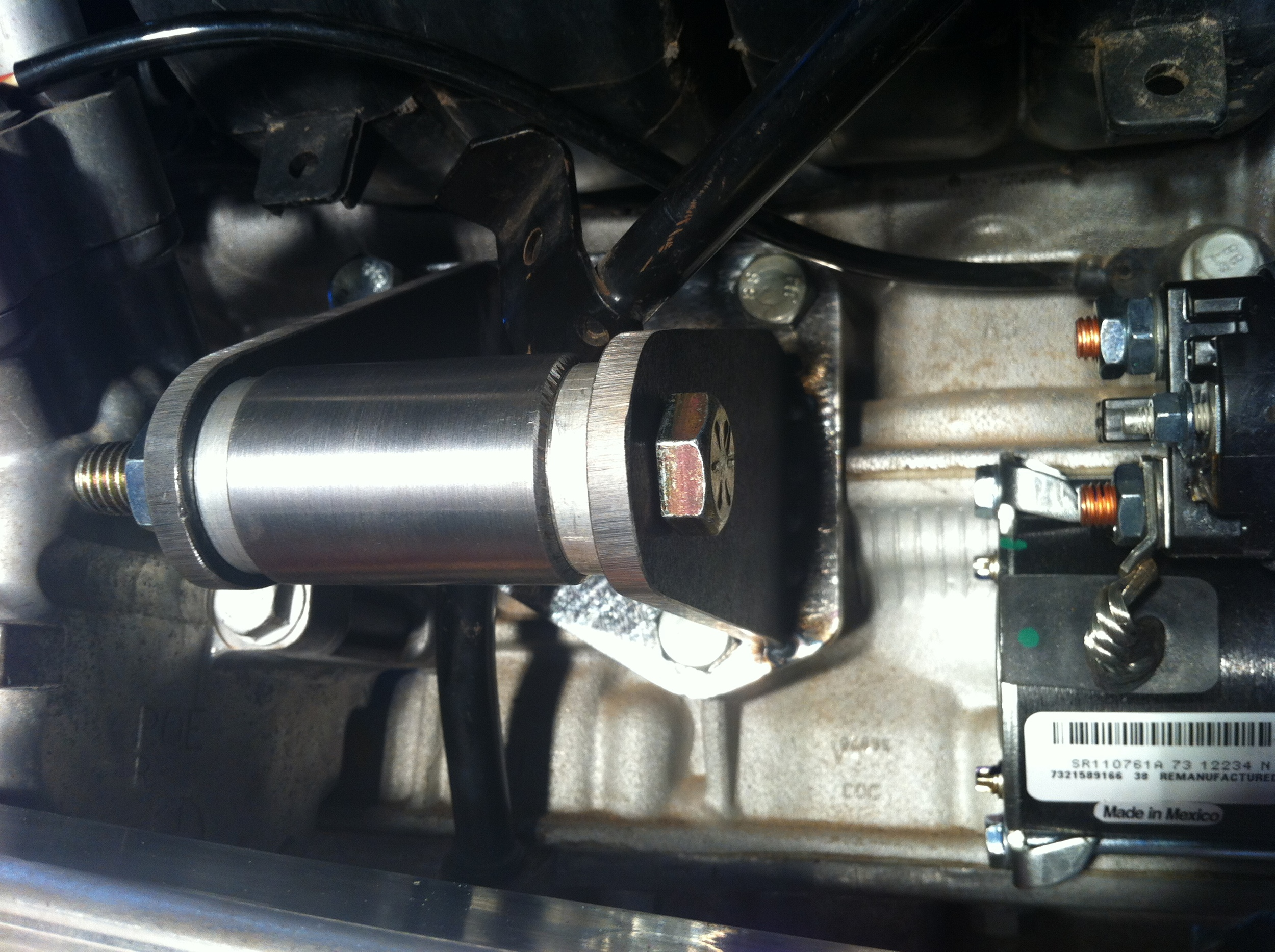 Custom motor mounts make room to starter removal and factory dipstick location..JPG