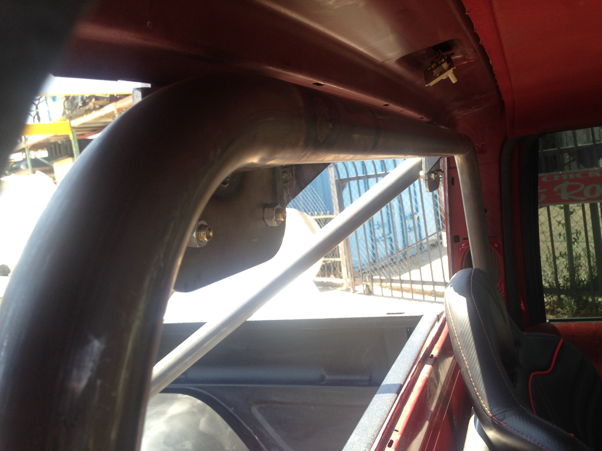 Truck roll bar fit
