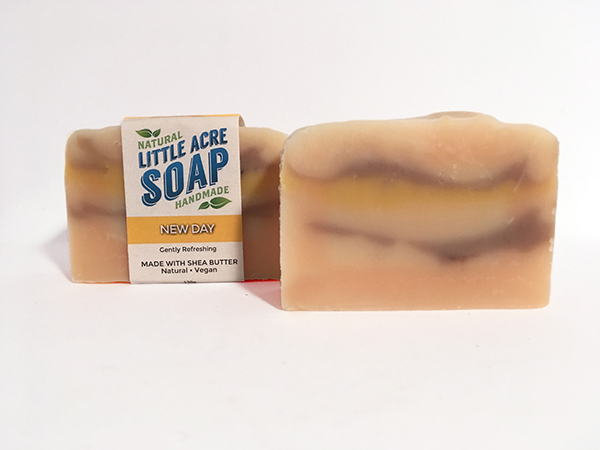 NEW DAY  A fresh and gentle blend of citrus oils, this perky soap is the newest member of the Little Acre family and has already proven to be a big hit! Happy scents from Pink Grapefruit, Sweet Orange, Lemongrass and Lime help get your day started in the right direction, without being too bossy and in-your-face. Good morning!