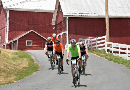 fondo_biker_red_barn.jpg