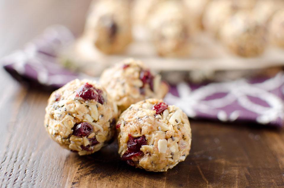 Cranberry-Almond-Energy-Bites-3-copy.jpg