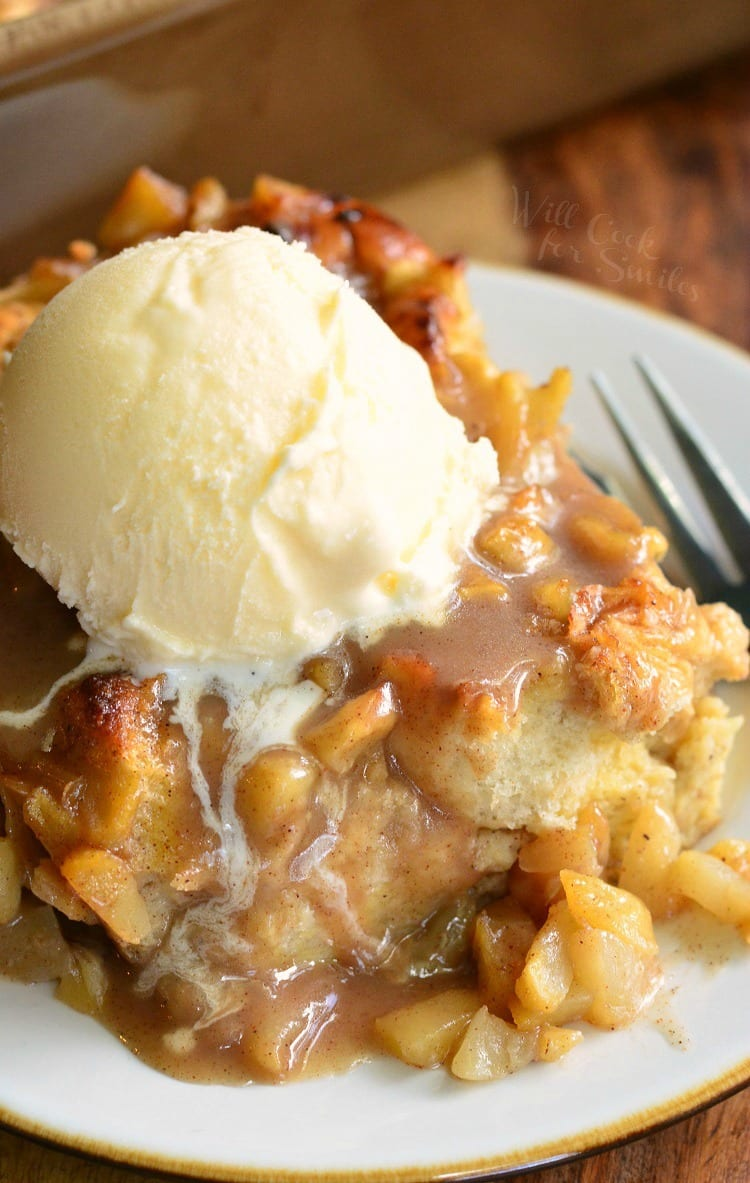 Apple-Pie-Bread-Pudding-4-from-willcookforsmiles.com_.jpg