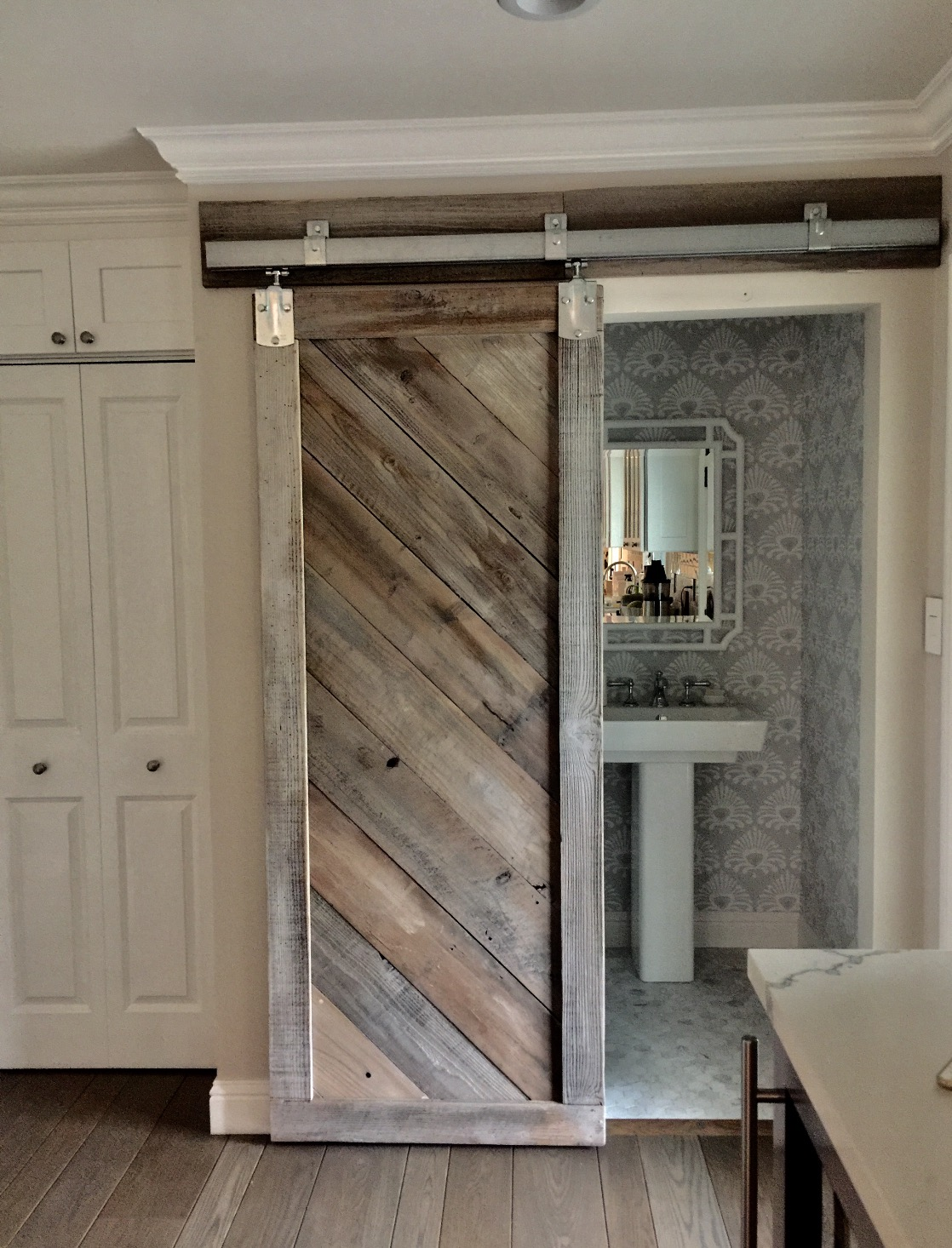 Bathroom Barn Door.jpg