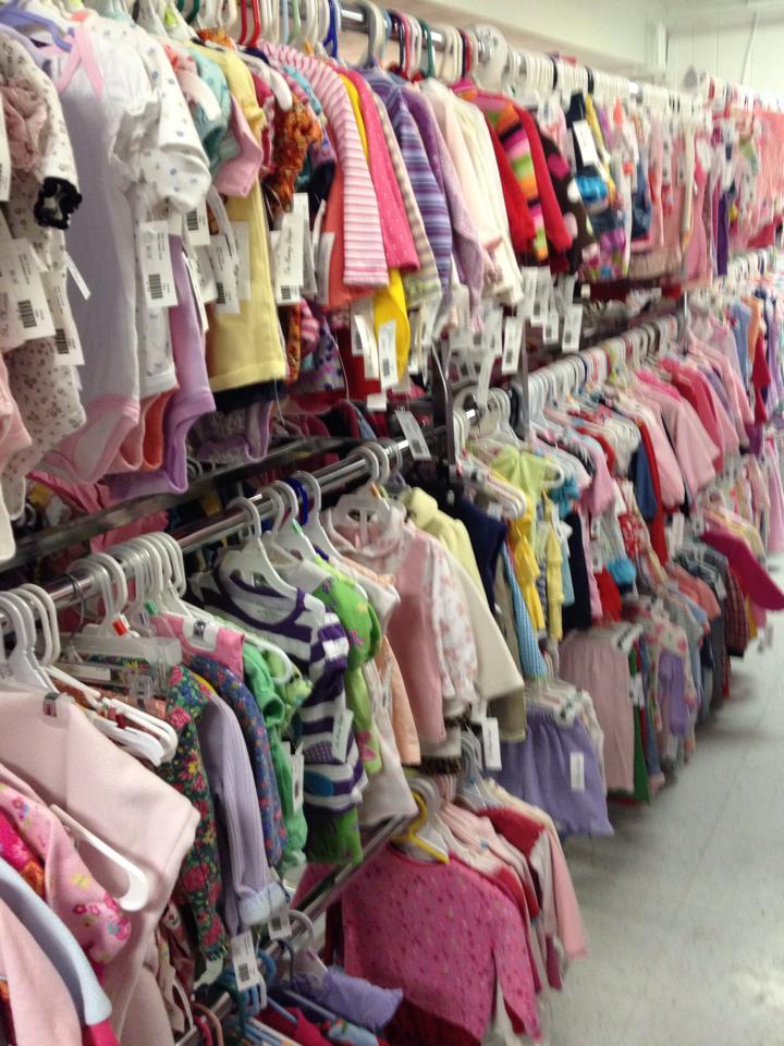 Mommy Shoppe Clothing Racks