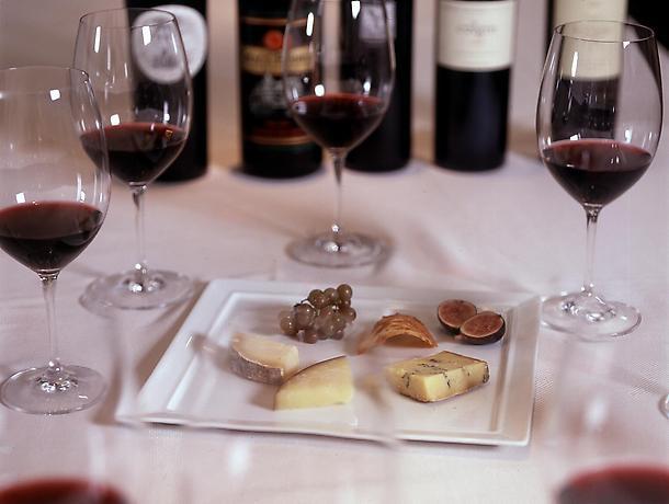 wine_cheese_plate1.jpg