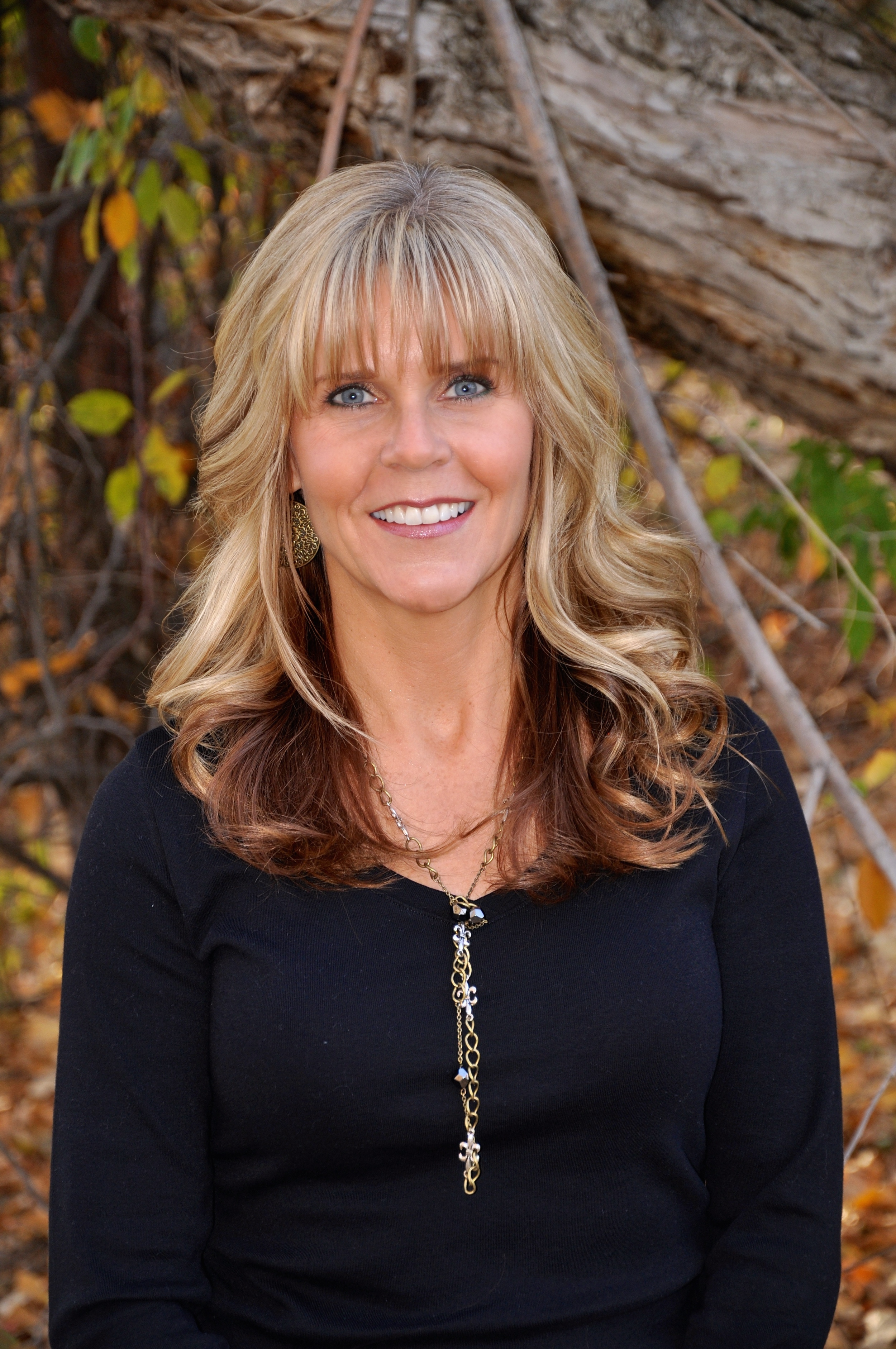 Leslie works for us every Tuesday. She graduated from WSU in 1998 and has worked for Dr. Cowley since then. She is married to the man of her dreams and has two fabulous sons and one fantastic daughter-in-law. Leslie enjoys golfing, boating, snowskiing, and spending time with her family.