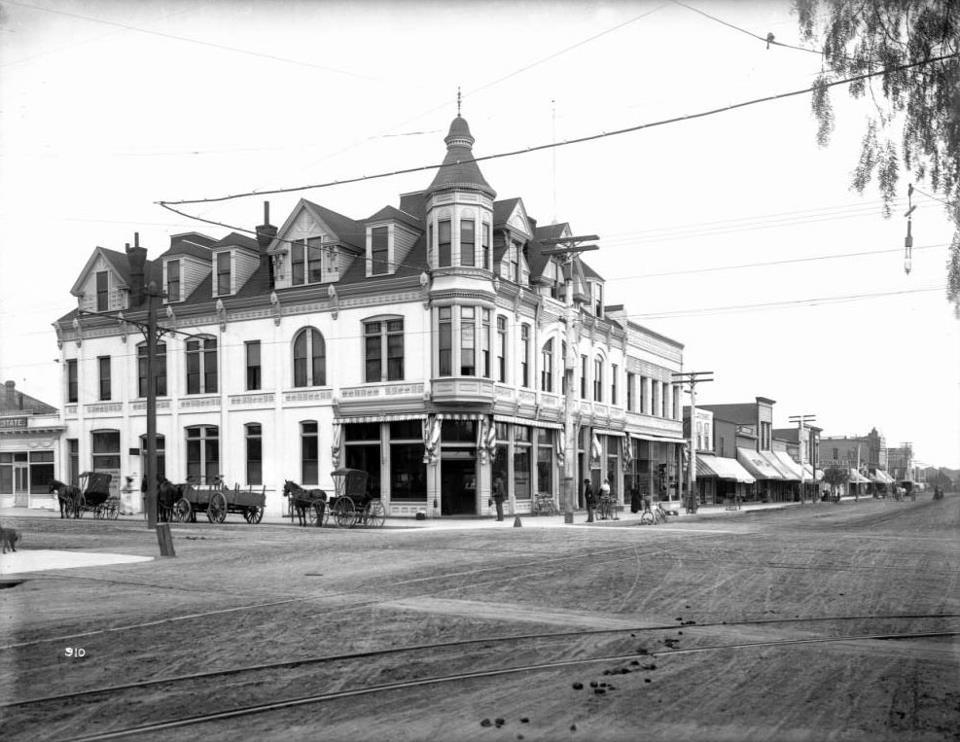 Bank of Santa Monica in 1890