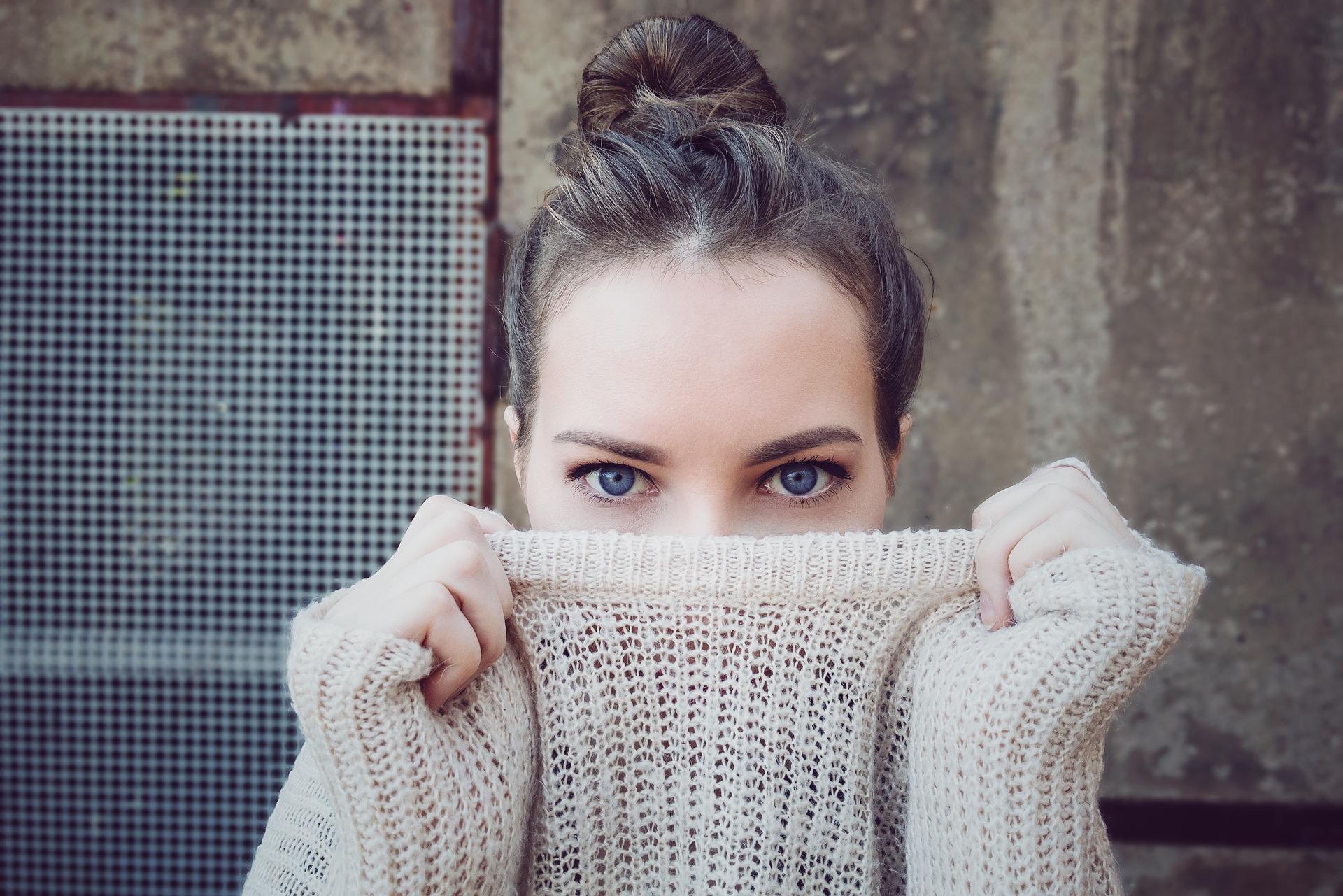 portrait, woman, girl, sweater, fall, winter, fashion, beauty, face.jpg