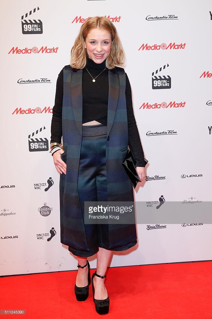Anna Lena Klenke in asos beim 99Fire Film Award am 18.02.2016