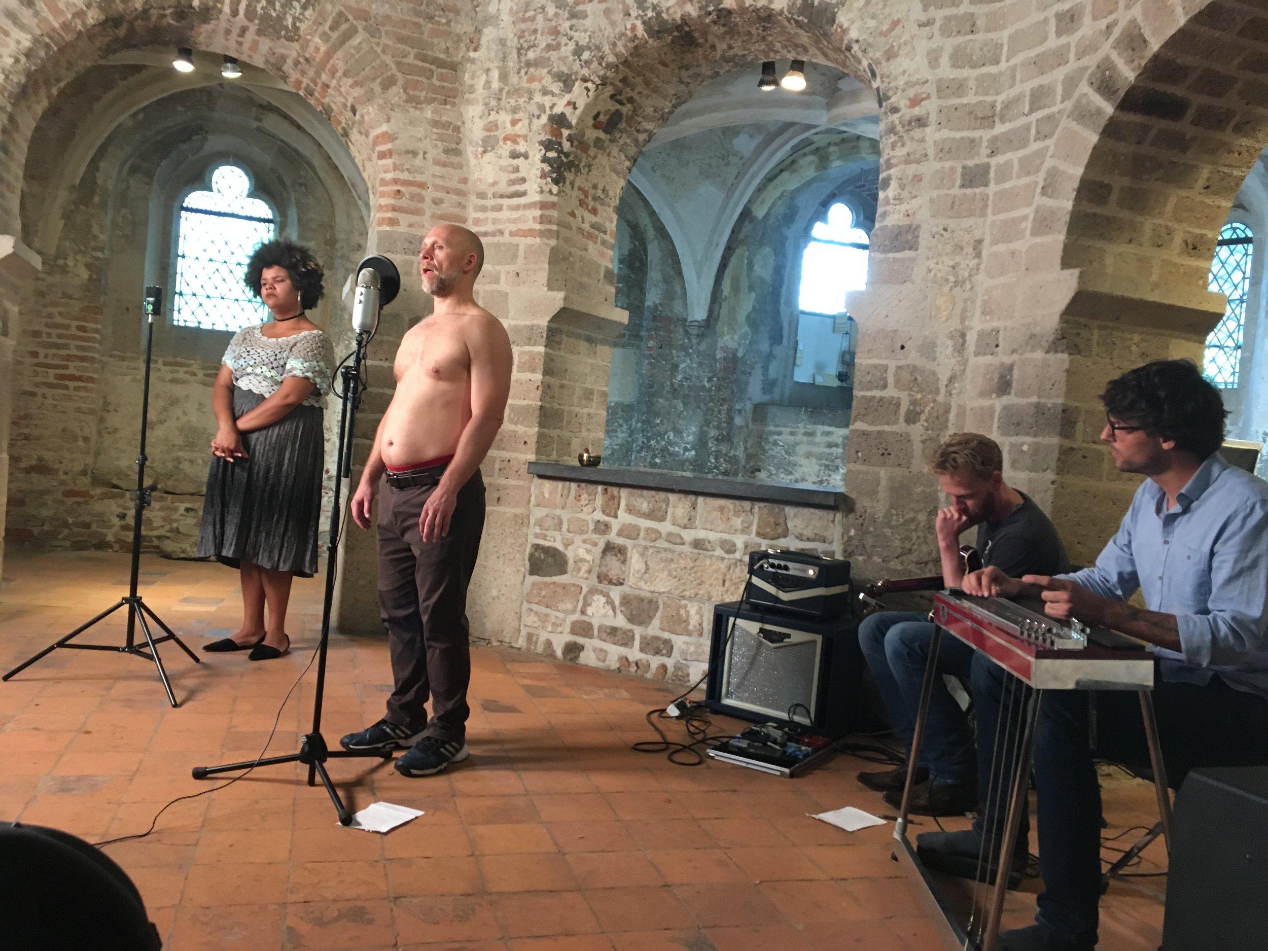 Buddy Wakefield, Amy Leon en Bastaard Platen, live in Nicolaaskapel, 5 septembver 2016.