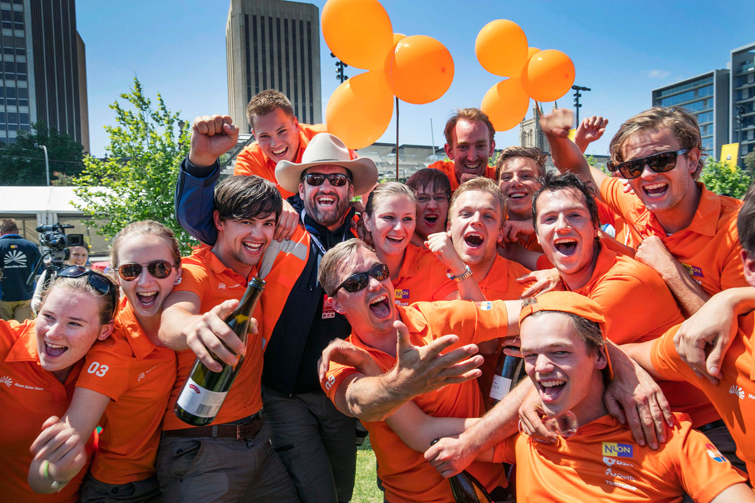 reap-support-nuon-solar-team-win-2015-3.jpg