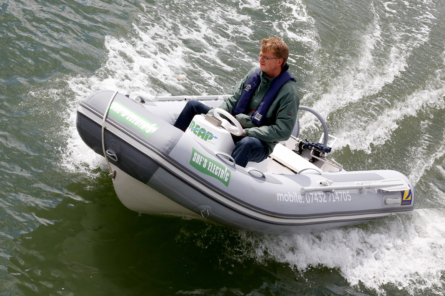 Fast and fun 15kW electric outboard performance compares with up to 25 HP conventional outboards!