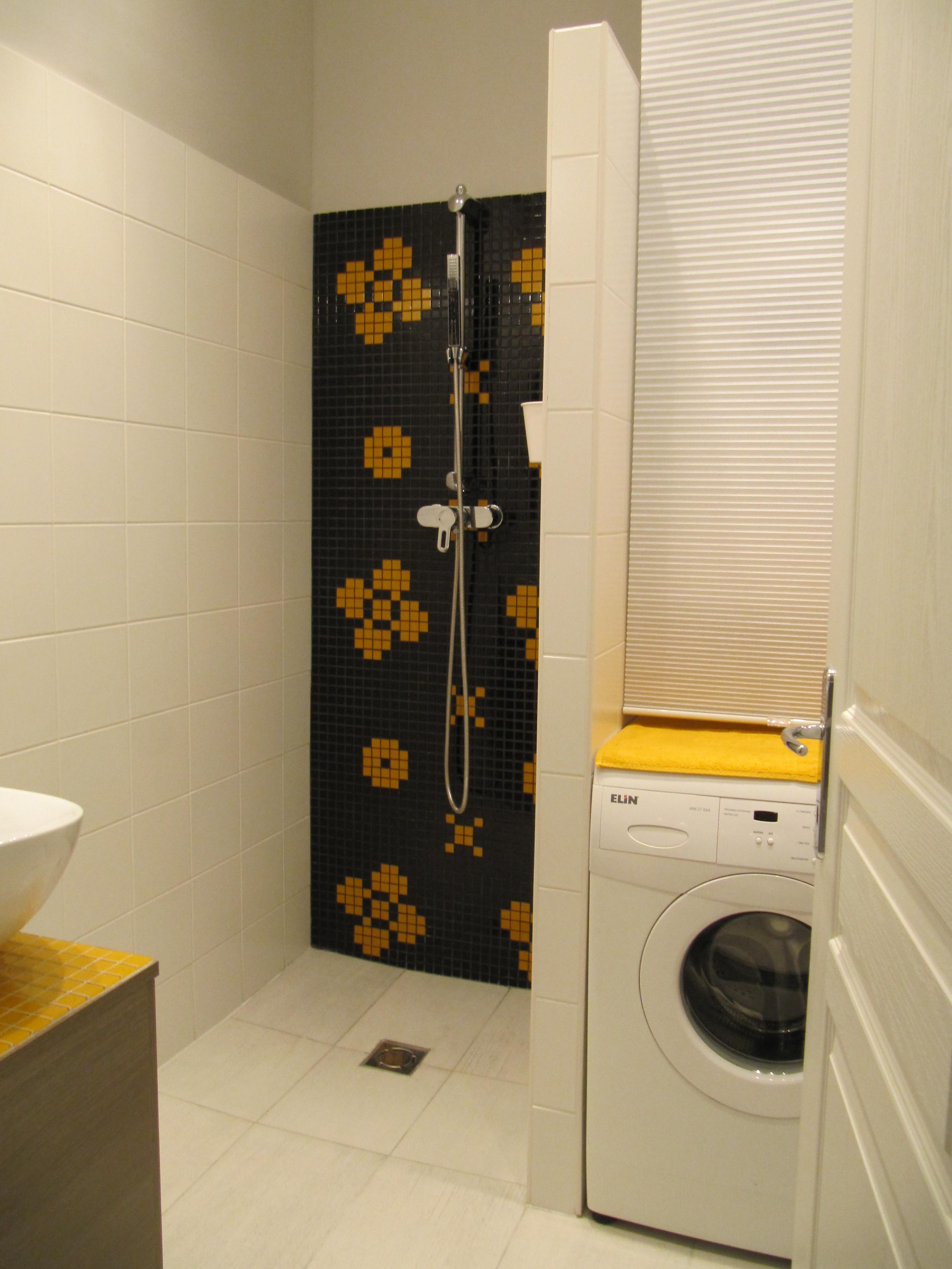 6. fürdő mosógéppel.JPG