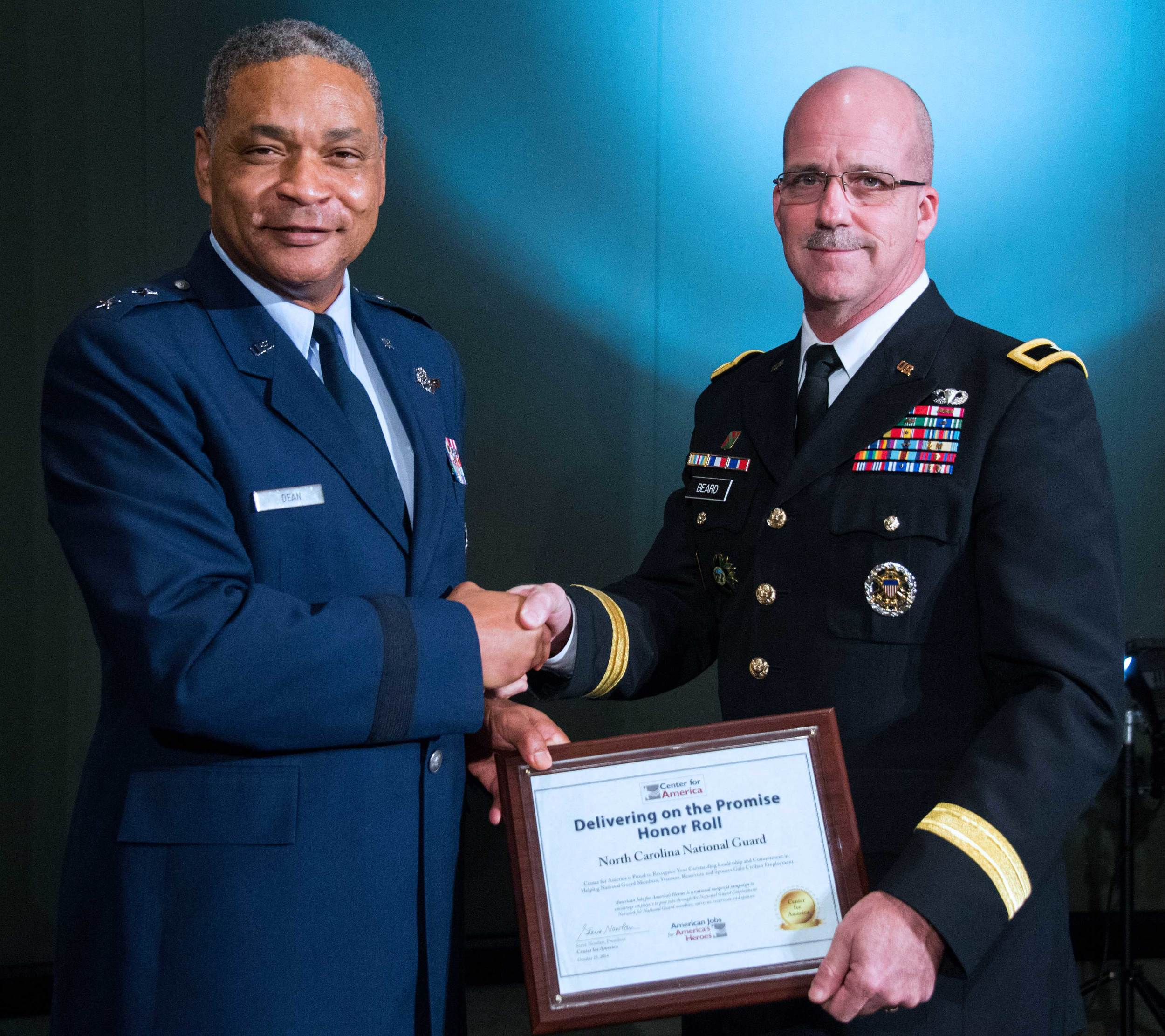 Major General Garry Dean presents the CFA Award to Brigadier General Kenneth Beard, North Carolina National Guard