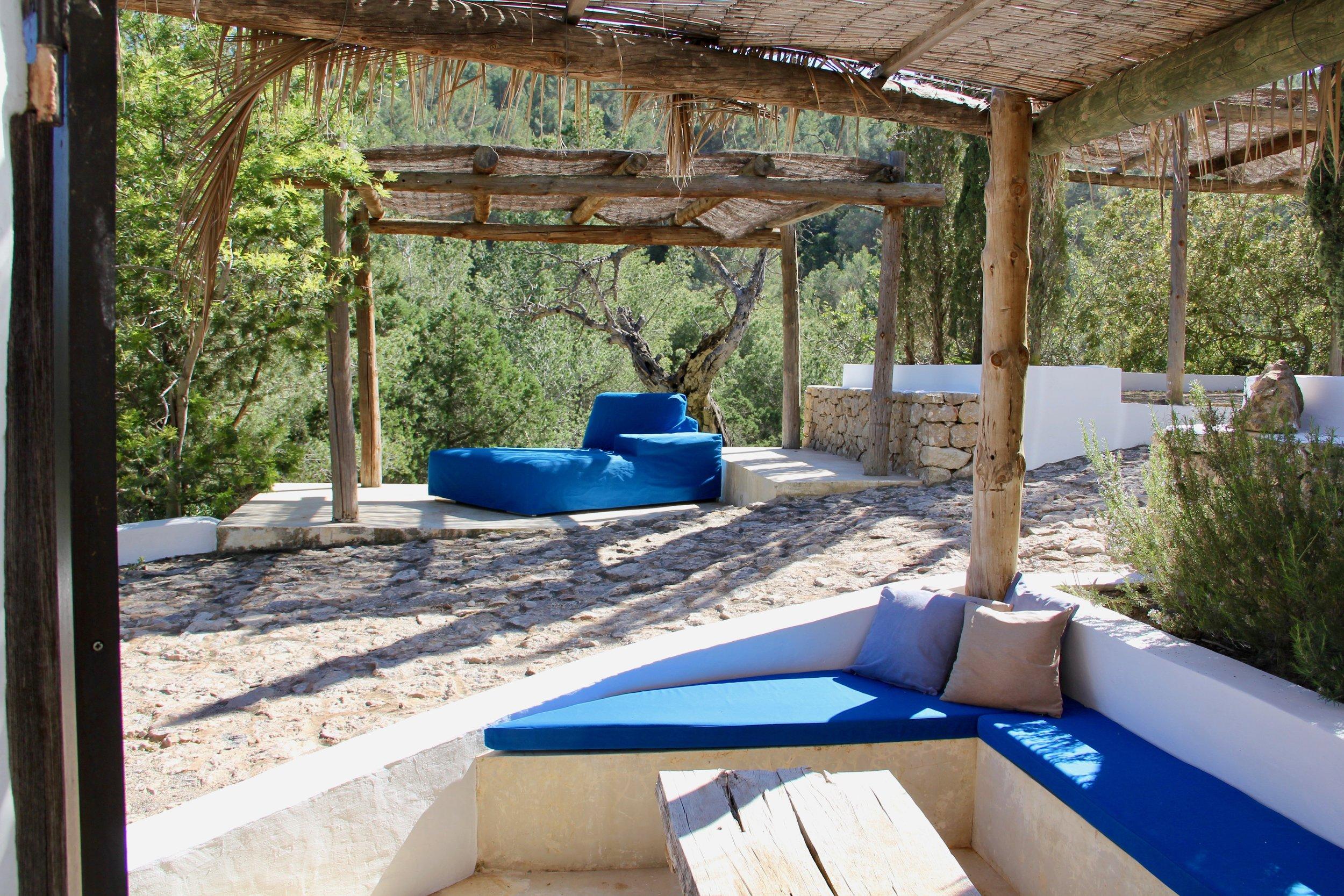 Terra Cottage lounge.jpg