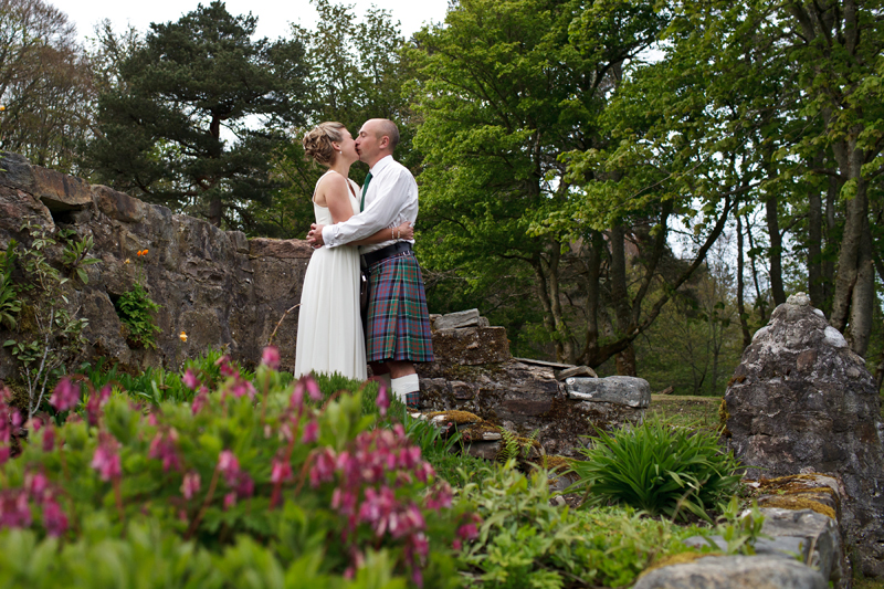 kiss in garden.jpg