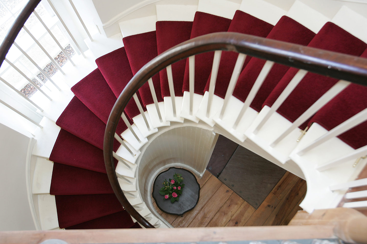 stairs-at-assynt-house.jpg
