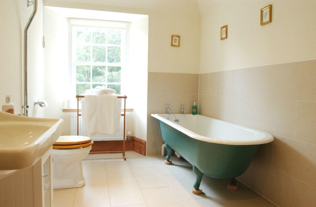 bathroom172.jpg