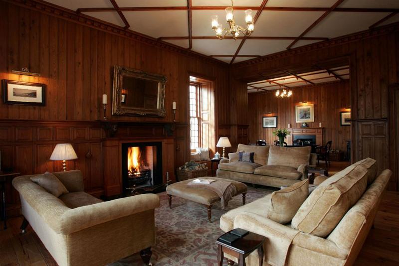 drawing room.jpg