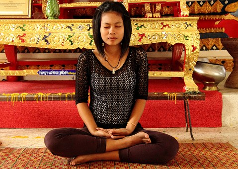 meditation-972472__340.jpg