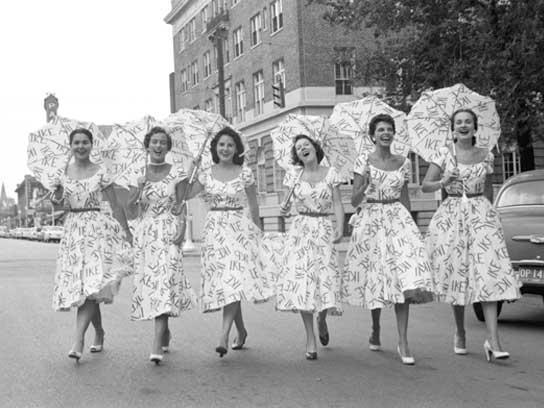 01-the-50s-women-umbrellas-fsl.jpg