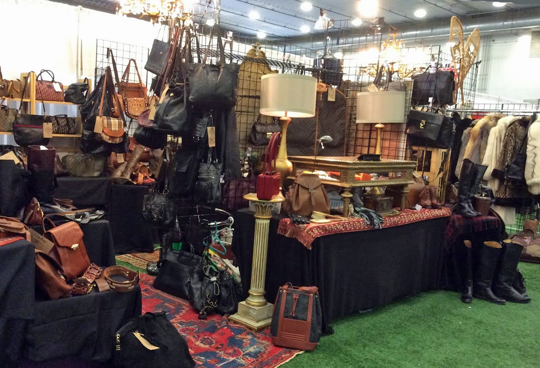 Ottawa_antique_and_vintage_market_db.jpg