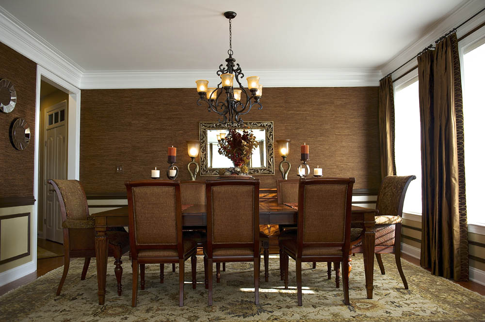 Fave_Barborak Dining Room 1.jpg