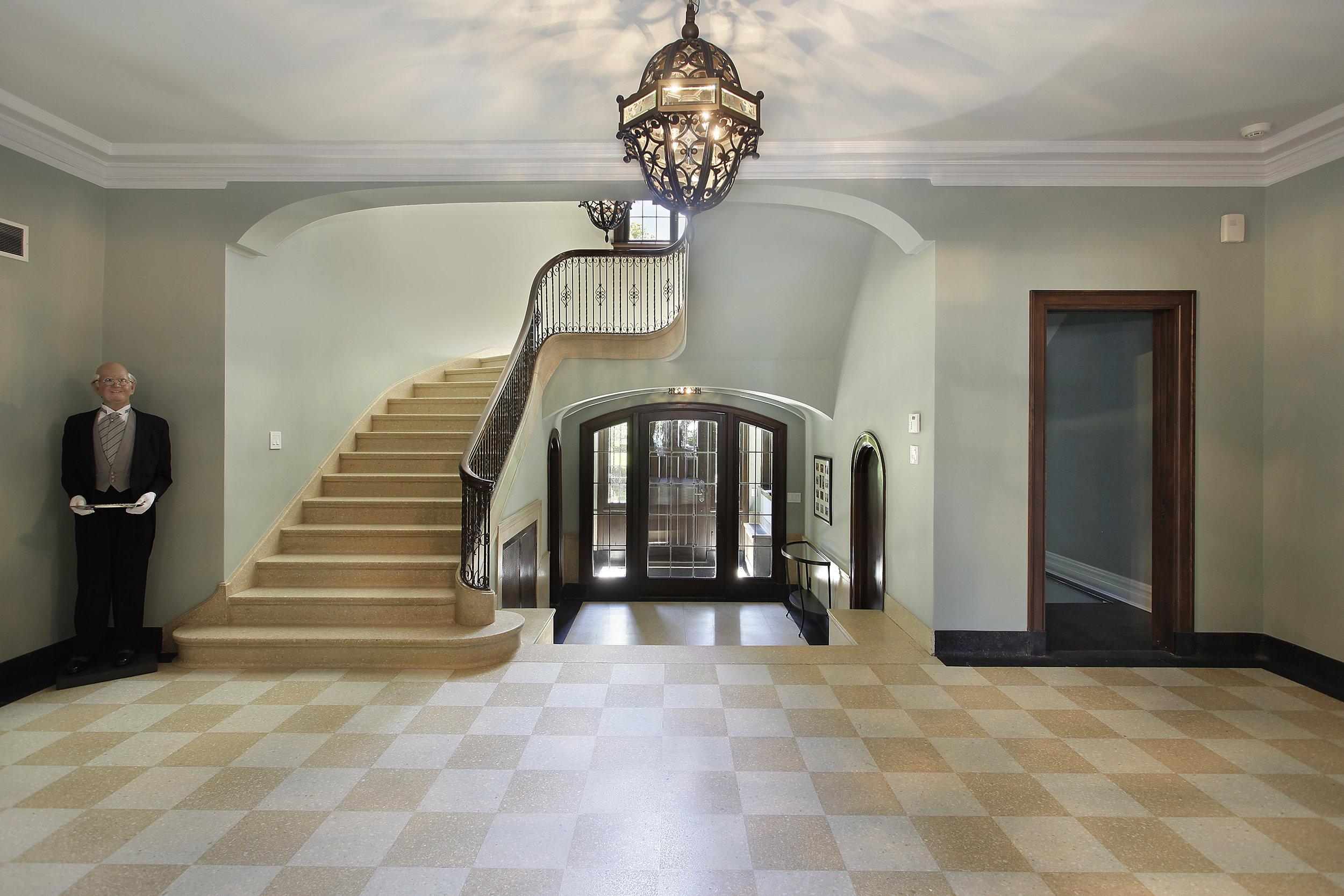 foyer2_535longwood.jpg
