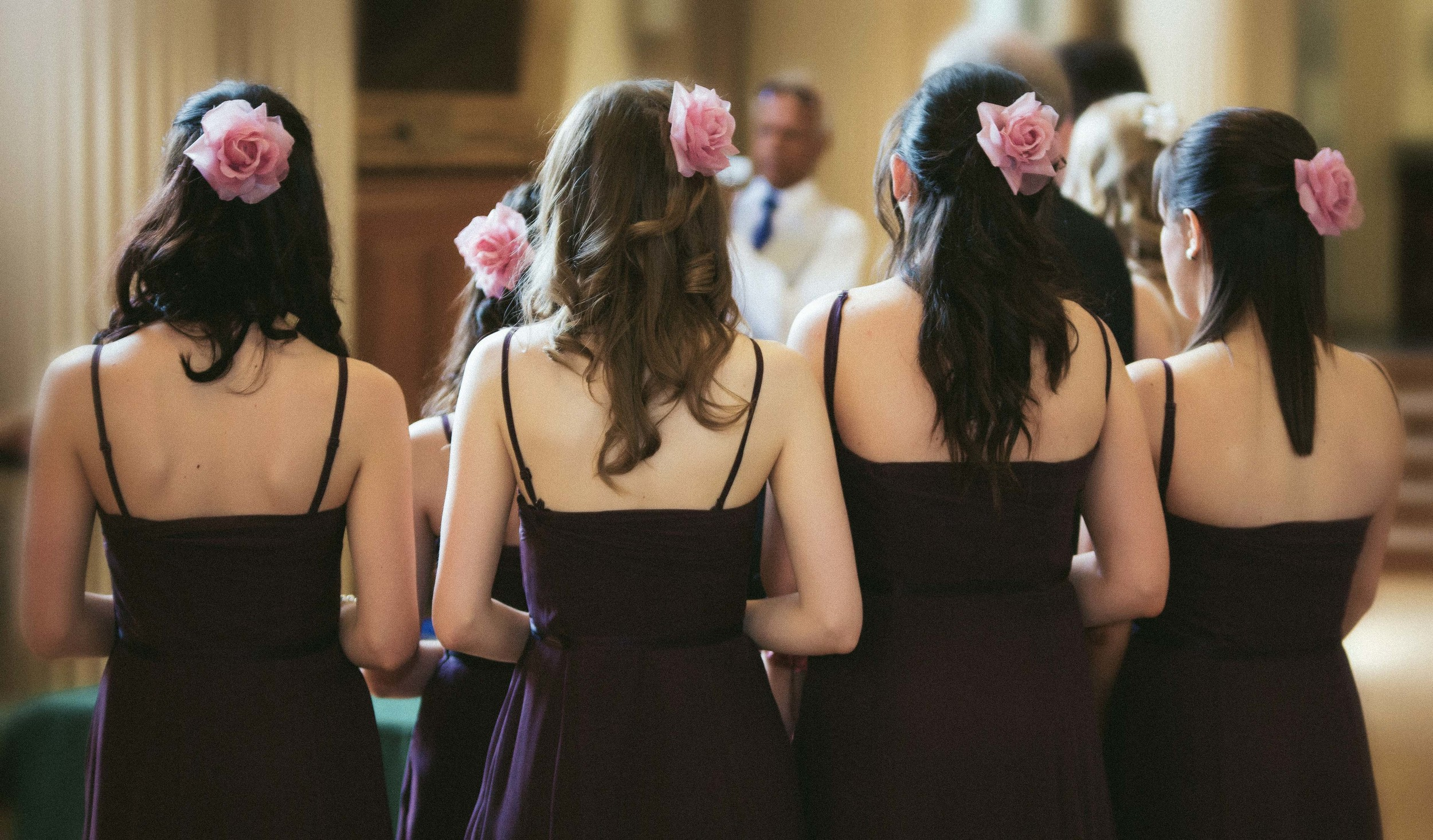 essex-bridesmaids-2-london-uk-destination-wedding-photography-Adam-Rowley