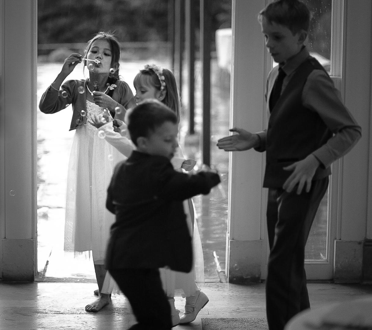 richmond-park-reception-london-uk-destination-wedding-photography-Adam-Rowley